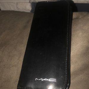 New Mac professional brush set